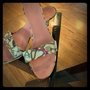 Vintage Authentic Gucci silk sandal size 10